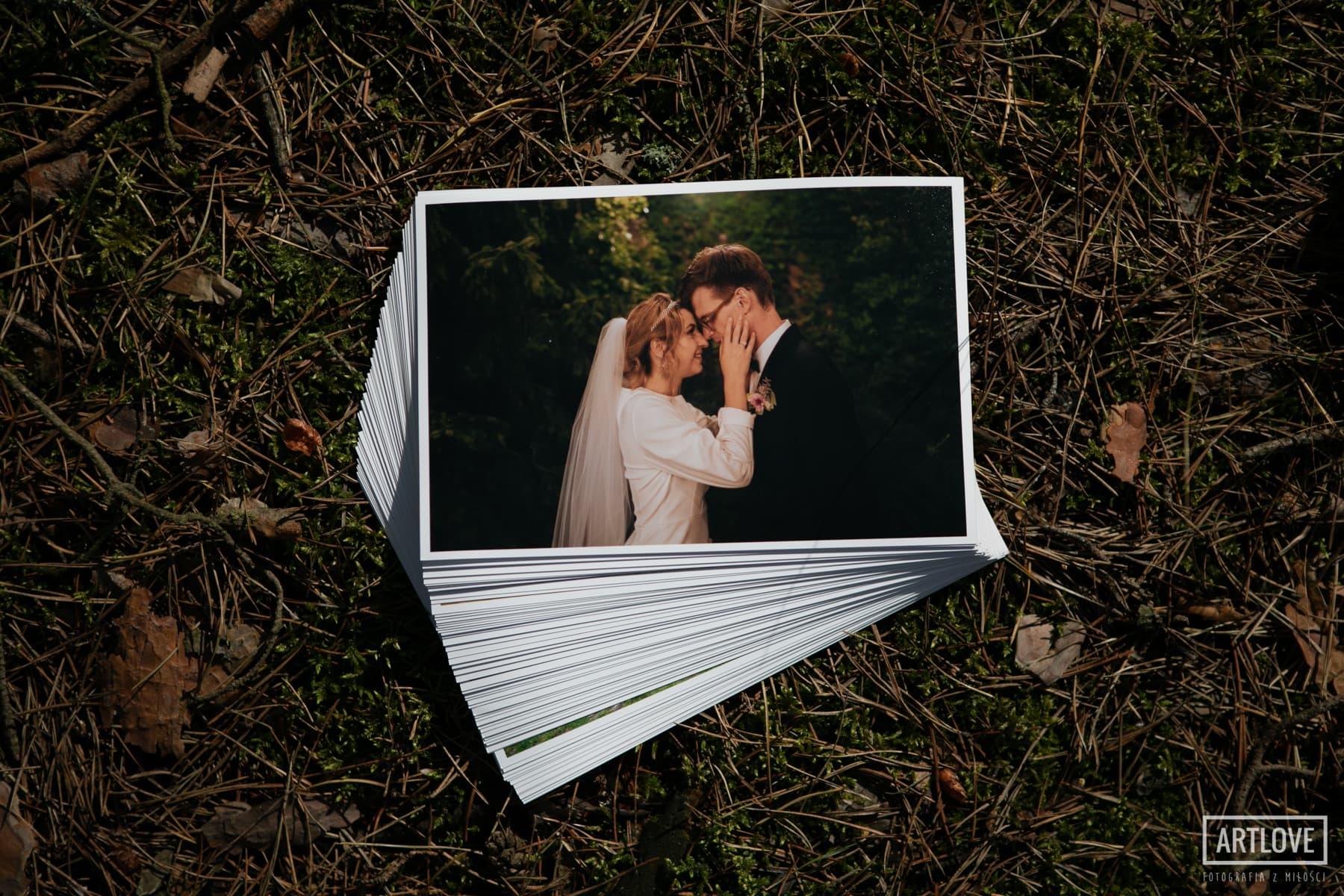 Odbitki ślubne. Fotografie ślubne na papierze.